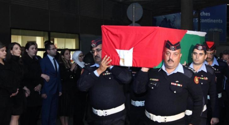جانب من وصول جثمان السفير الأردني أحمد الجرادات للمملكة