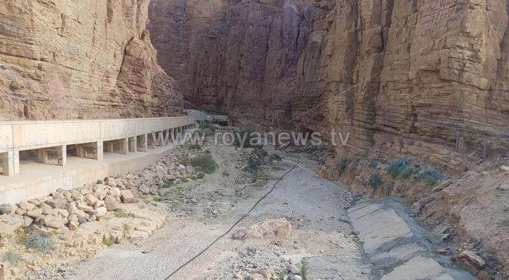 مشروع تأهيل جسر زرقاء ماعين في البحر الميت