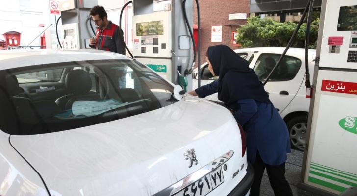 تظاهرات في إيران بعد زيادة كبيرة في أسعار الوقود