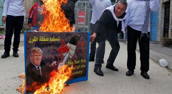 طالبت الجماهير بالتحرك لإفشال المشروع التآمري لتصفية القضية الفلسطينية