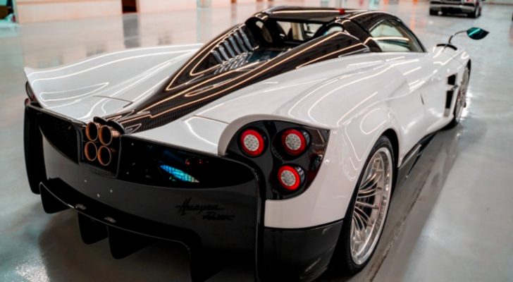 إحدى السيارات التي سيجري عرضها في المعرض