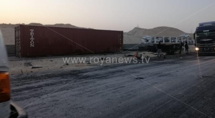 صورة لحادث على الطريق الصحراوي