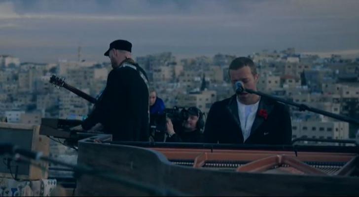 شاهد بالفيديو فرقة عالمية تطلق ألبومها على الهواء مباشرة في عمّان