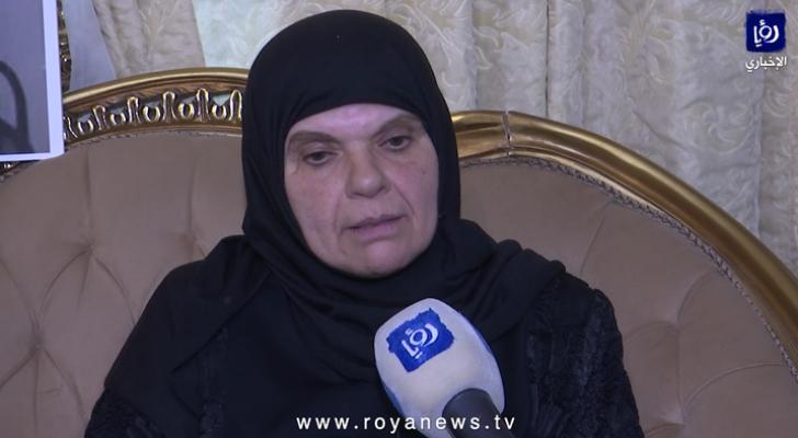والدة الأسيرسامي أبو دياك