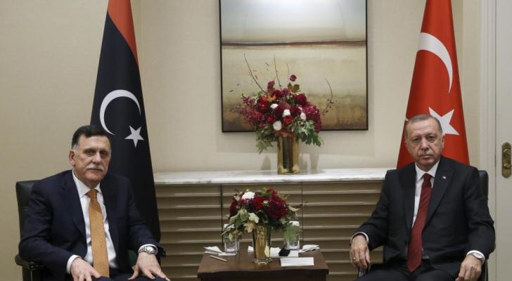 االرئيس التركي رجب طيب اروغان و فايز السراج