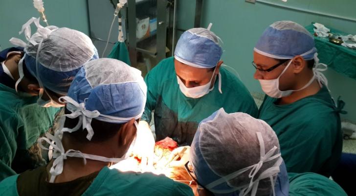 تمكن الجراحون من إعادة تنشيط قلب بعد وفاة المتبرع به