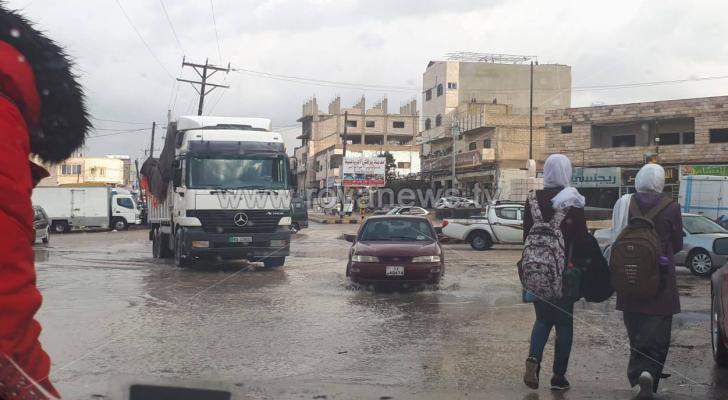 مياه الامطار تغرق مدخل ديرابي سعيد