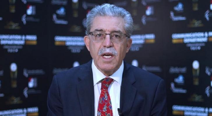 رشيد خشانة هو صحفي وحقوقي وكاتب تونسي