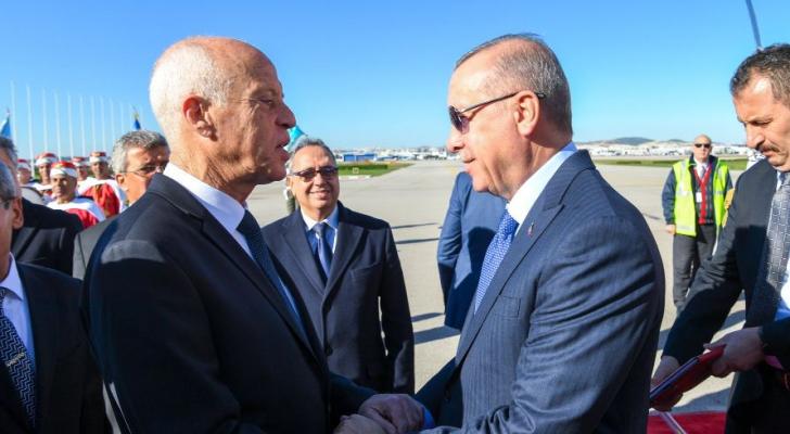 أردوغان يقوم بزيارة خاطفة لتونس