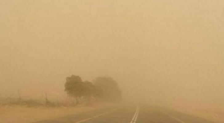 انعدام مدى الرؤية الأفقية على الطريق الصحراوي