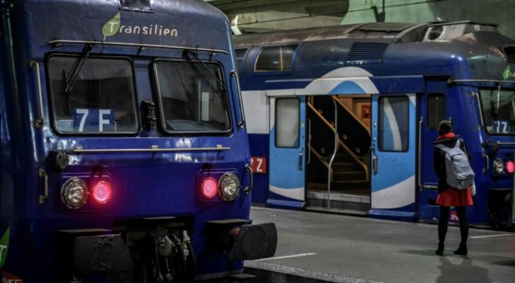 قطار في محطة مونبارناس في باريس