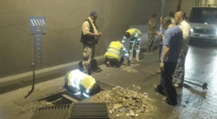 وزارة الأشغال تعلن حالة الطوارئ بسبب الأحوال الجوية