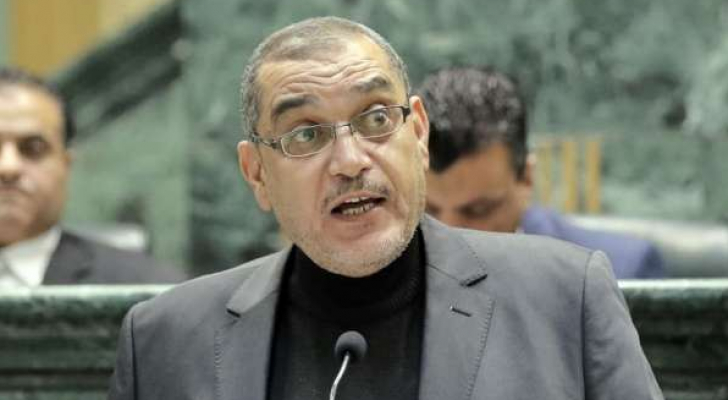 النائب إبراهيم أبو العز
