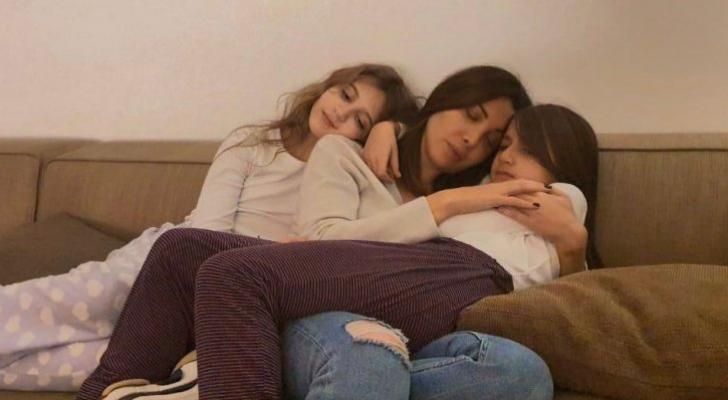 """نانسي عجرم لابنتيها: """"بروحنا منحميكن"""""""