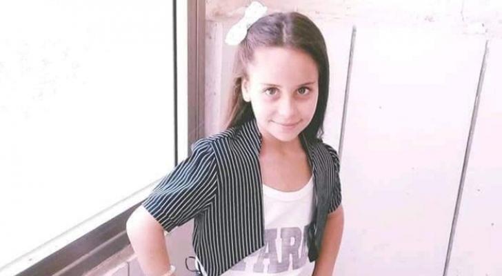 صورة الطفلة بحسب صحيفة البيان الامراتية