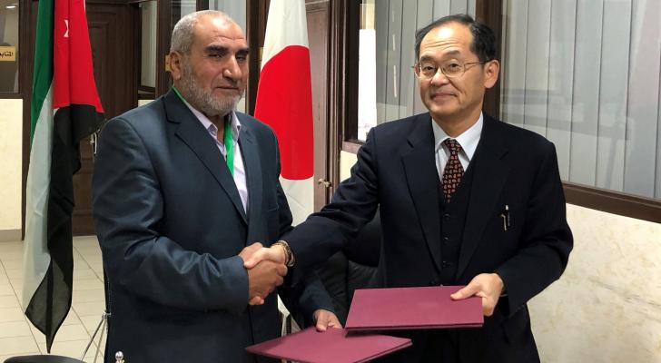 منحة يابانية بقيمة 90،620 دولار أمريكيلمشروع توفير المعدات الطبية للمركز الطبي الخيري