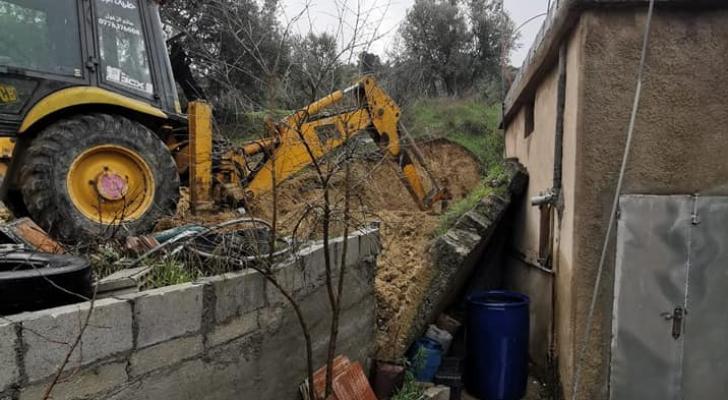 انهيار جدار على احد المنازل في عجلون