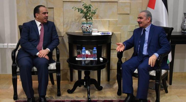 الوزراء الفلسطيني ووزير الزراعة إبراهيم الشحاحدة