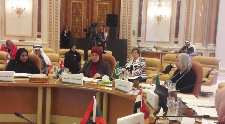 اسحاقات تشارك في اجتماع لجنة المرأة العربية التاسع والثلاثون