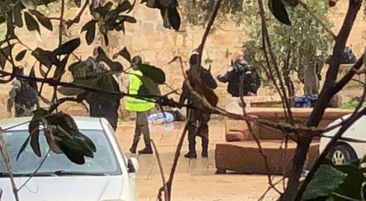 جنود الاحتلال أطلقوا الرصاص بكثافة صوب الشاب