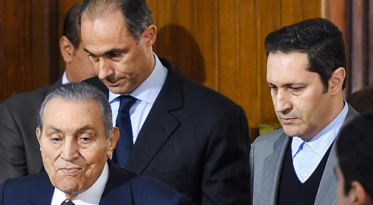 مبارك ونجليه علاء وجمال