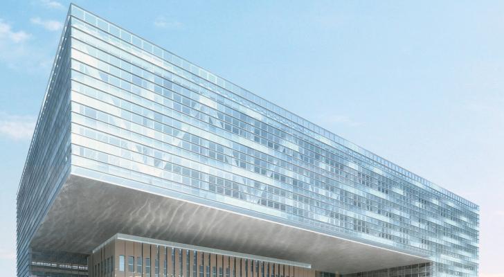 بنك الإسكان يقدم تبرع بقيمة 100 ألف دينار لوزارة الصحة