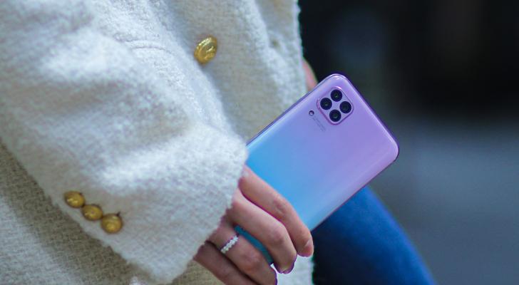 أهم ثلاث ميزات لهاتف Huawei nova 7i من الفئة المتوسطة تدفعك الآن لطلبه مسبقًا