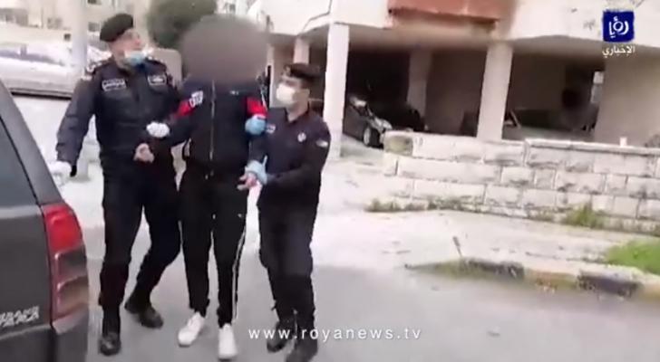 في ثاني أيام الحظر.. الأمن يضبط مواطن خرق قرار حظر التجول في عمان