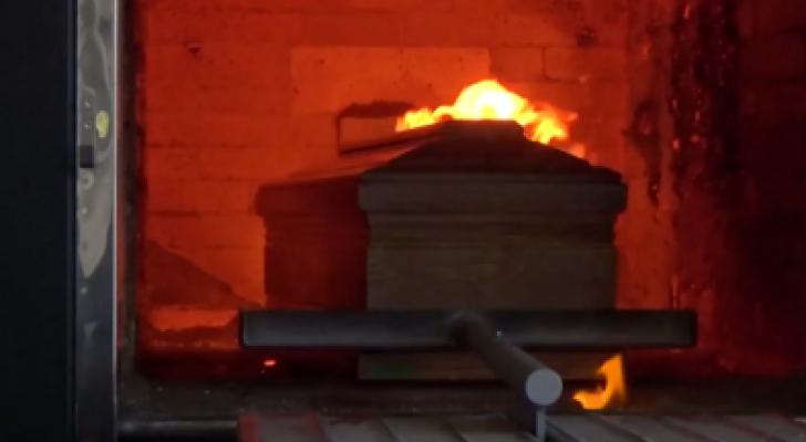 حرق وفيات كورونا في إيطاليا