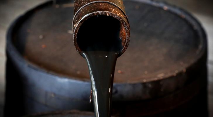 اتفاق خفض الإنتاج يرفع أسعار النفط في آسيا