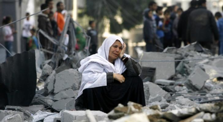 كورونا يهدّد الماليّة العامّة والوظائف في الأراضي الفلسطينيّة