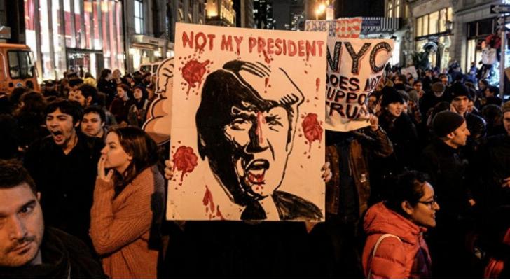 تواصل الاحتجاجات في أمريكا على خلفية قتل شرطي للمواطن الأمريكي جورج فلويد