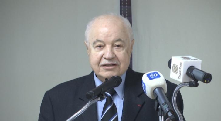 الدكتور طلال أبوغزاله