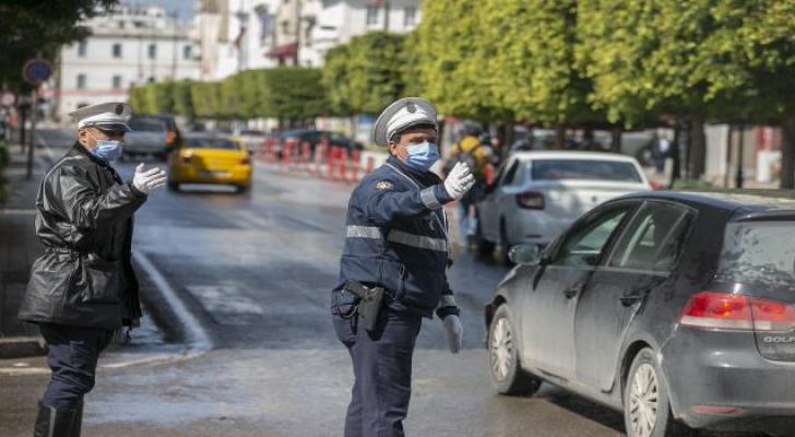 عودة الحياة إلى المقاهي والمطاعم وحرية التنقل بين المحافظات في تونس
