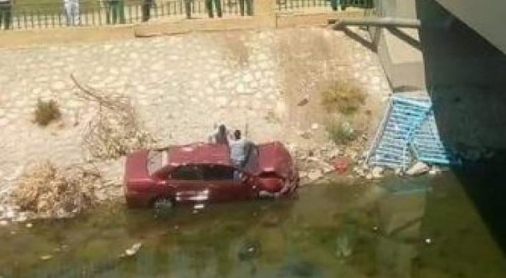 غرق سيارة، يستقلها 3 فتيات غرقن داخل ترعة الديروطية