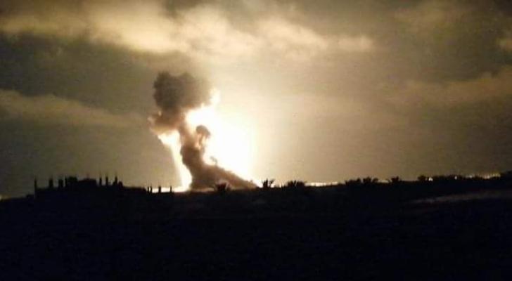 الصور من القصف