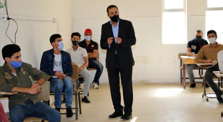 وزير التربية والتعليم الدكتور تيسير النعيمي يتفقد اليوم السبت، سير امتحان الثانوية العامة
