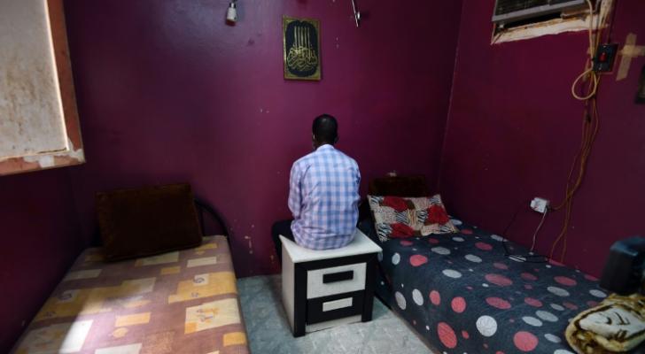 السوداني حاتم يعيش مختبئا في الرياض لتجنب اعتقاله - ا ف ب