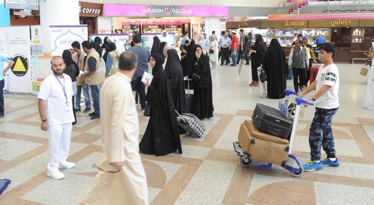 الكويت تنصح مواطنيها والمقيمين لديها بعدم السفر إلى الخارج