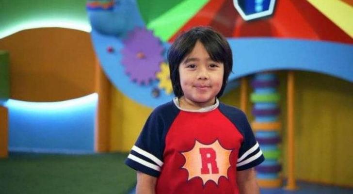 أشهر طفل على موقع يوتيوب، رايان كاجي