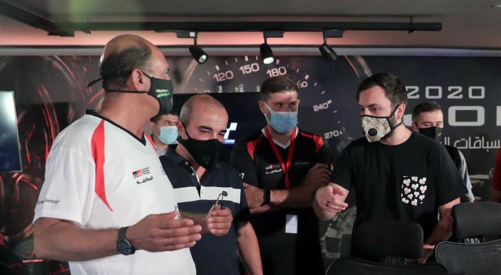 مناف حجاوي يفوز بكأس الأردن لسباقات السيارات الرقمية