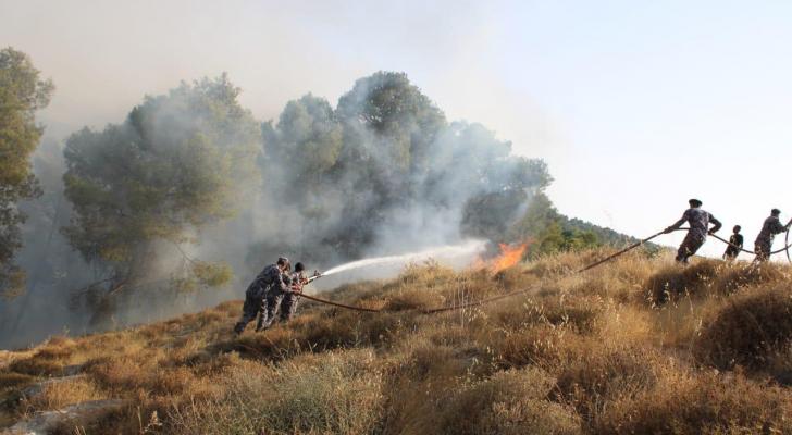 اخماد حريق حسبان والذي امتد لـ 700 دونم
