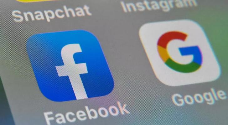 فيسبوك وغوغل