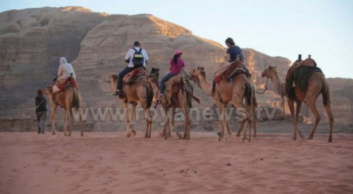 تنشيط السياحة تؤكد عدم دفعها لمبالغ مالية لمشاهير السوشال الميديا
