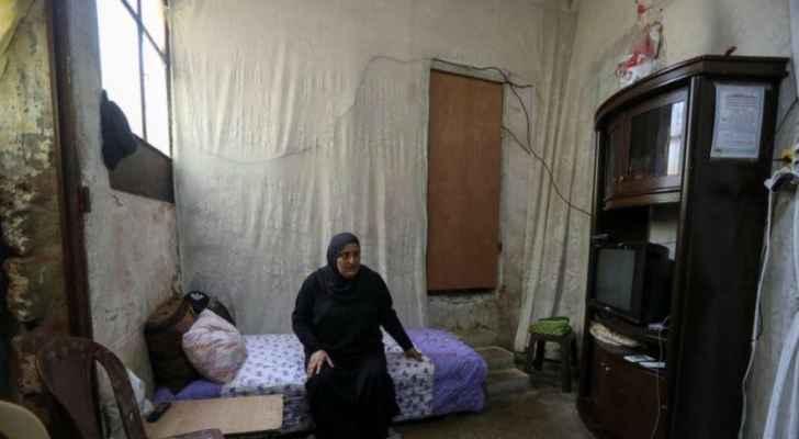 فقراء طرابلس اللبنانية يستدينون الخبز ويغازلون اللحم ويتوقون إلى الفول والعدس