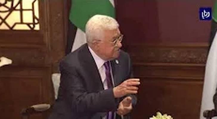 قمة ثلاثية بين الملك والرئيسين العراقي والفلسطيني قبيل قمتي السعودية