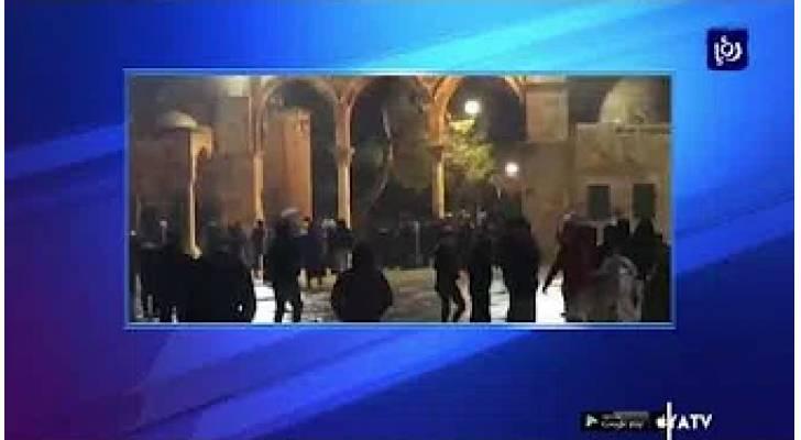 قوات الاحتلال تقتحم المسجد الأقصى وتعتدي على المصلين